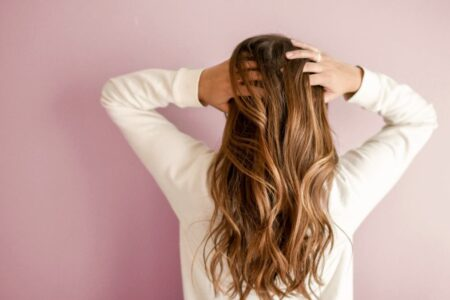 Homemade Tricks To Show Off Your Hair On New Year's Eve